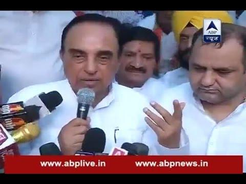 Lt Governor Najeeb Jung must be dismissed: BJP leader Subramanian Swamy