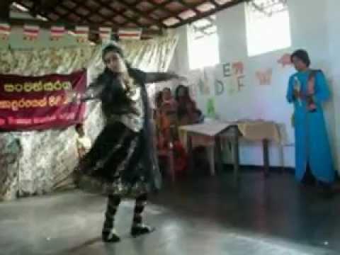 nilmini wanniarachchi  with nageena