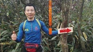 Ngán xe cộ, một ông Trung Quốc chạy bộ 211 cây số về quê ăn Tết
