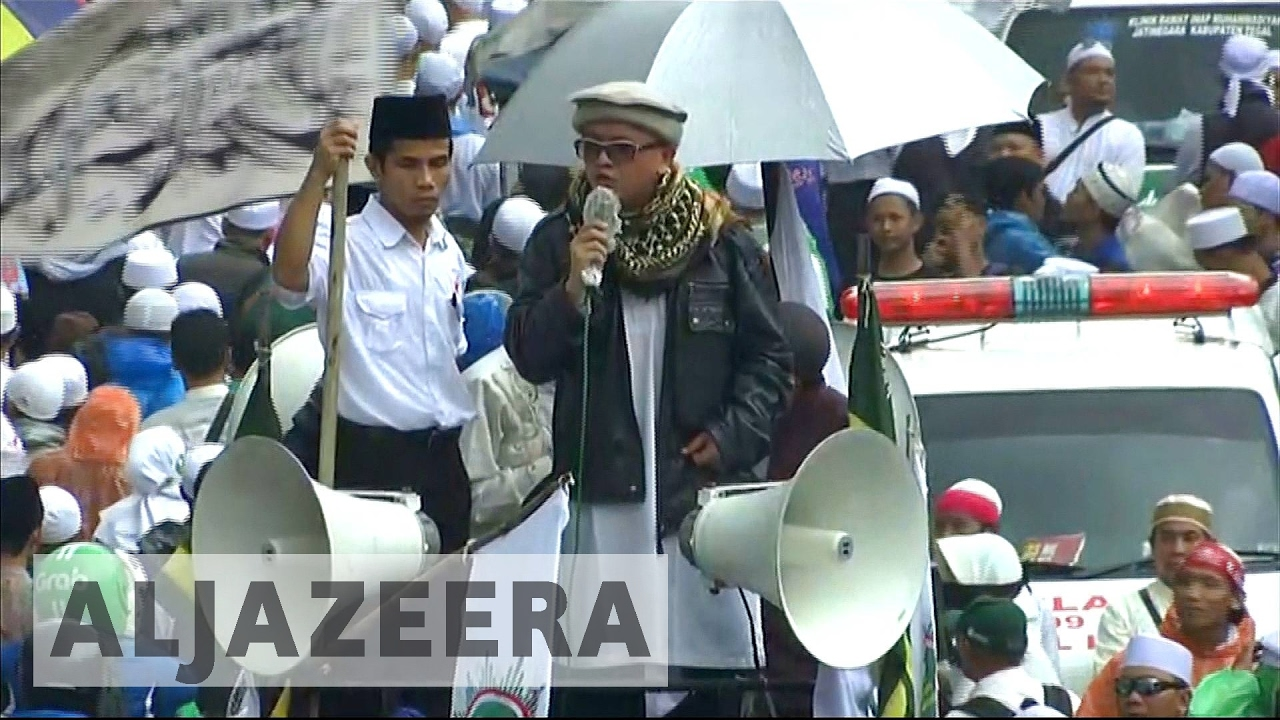 Indonesians rally against Purnama in Jakarta