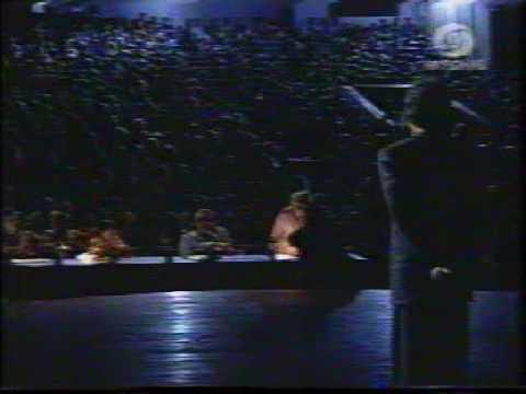 Sunidhi Chauhan And Pradip Somasundaran-meri Awaz Suno Mega Finals 1996 video