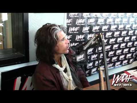 Joe Perry Talks About Steven Tyler's Fall