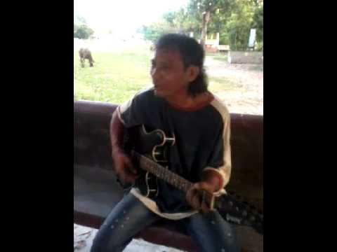 Musu Musu Hasi Deuna- Sunil Hijing video