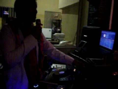 2010 06 10 DJ Nihal Arthanayake at Symphony- Harare