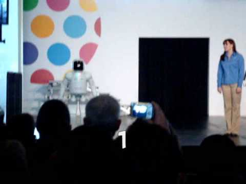 ASIMO Breaks Down Again (new video)