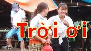 DTVN - Troll Tè Bậy giữa phiên chợ Gái Xinh chạy mất dép (Thư giãn kênh DTVN)