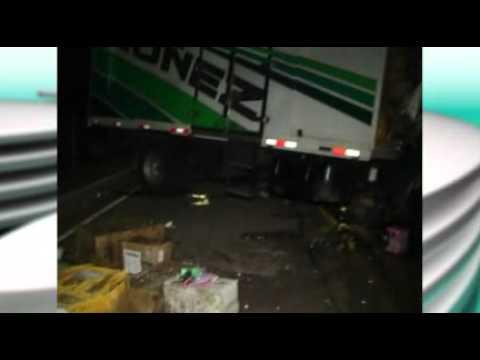 Tres camiones chocaron en salto y fallecieron dos personas
