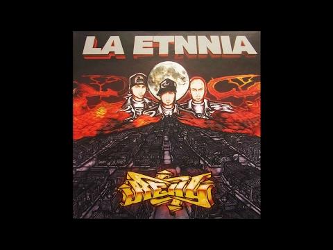 La Etnnia- 14. De la Cuna al Ataud Ft Full Nelson - Real (2004)