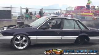 PUSHIN V8 COMMODORE BURNOUTS AT LARDNER PARK MOTORFEST 2015