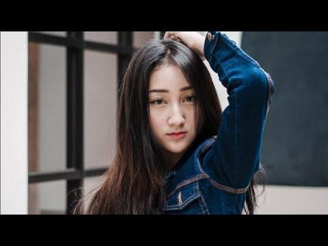 Aisyah Jamilah - Sandrina Ft Iva Lola