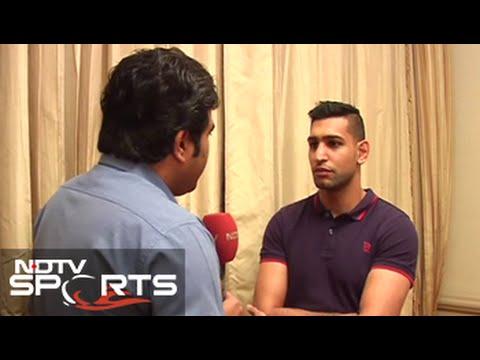 Vijender Singh's pro debut was impressive: Boxer Amir Khan
