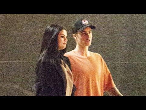 Justin Bieber Serenata a Selena Gómez!!!!!! ♥♥♥