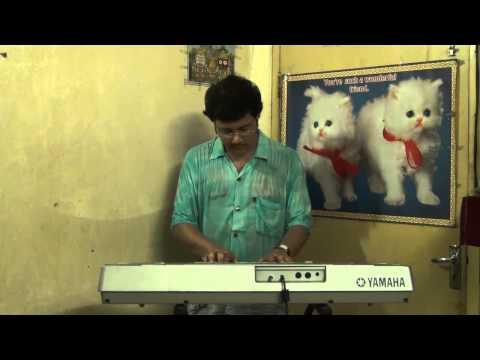 Aaj Mon Cheyeche Ami Hariye Jabo Lata Mangeshkar Instrumental...