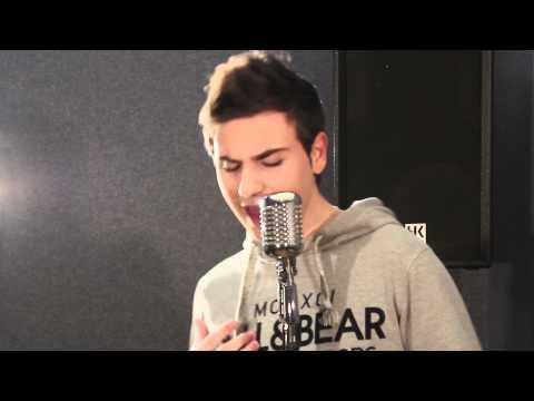 Ai se eu te pego  -  Tony Mateo Ft. Verdu y Fabi  -  Acoustic Rap Cover.