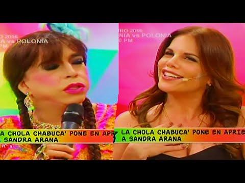 HOLA A TODOS 16/06/16 'LA CHOLA CHABUCA' PUSO EN APRIETOS A SANDRA ARANA CON ESTAS PREGUNTAS