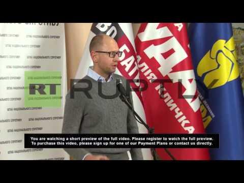 Ukraine: Yatsenyuk asks Yanukovych