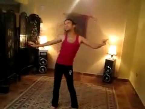 شاب يرقص رقص شرقي _وين الرجولة ! mp4 thumbnail