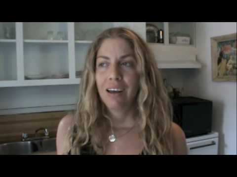 Raw Food Diet & Acne-- High Fruit or No Fruit? Ep250