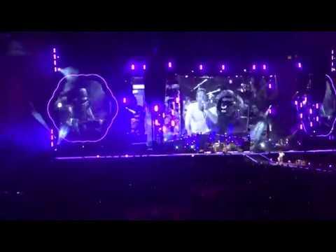 A Head Full of Dreams Tour || Coldplay - Viva la Vida || August 2017