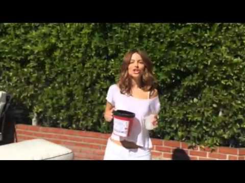Maria Menounos' #ALS Ice Bucket Challenge per Vince McMahon