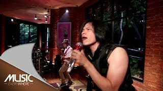 Gigi Terbang Music Everywhere