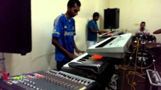 TheBeats Suriname aan het oefenen, mohe lagie reh