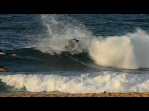 Jordy Smith - aggressive surfing