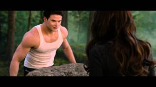 """Strongest"" - The Twilight Saga: Breaking Dawn - Part 2 - Exclusive Scene [HD]"