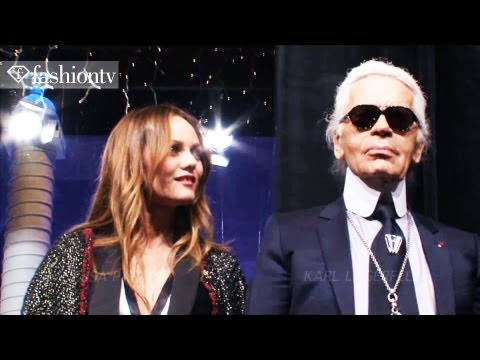 Karl Lagerfeld's Christmas Window Display for Chanel at Le Printemps Paris | FashionTV - FTV