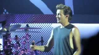 One Direction Video - One Direction [Louis Focused] - Clouds, OTRA Jakarta