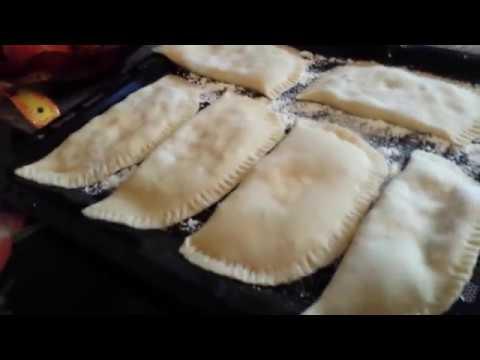 Германия. ВЛОГ: С Володей на кухне /  чебуреки / наши новые шторы