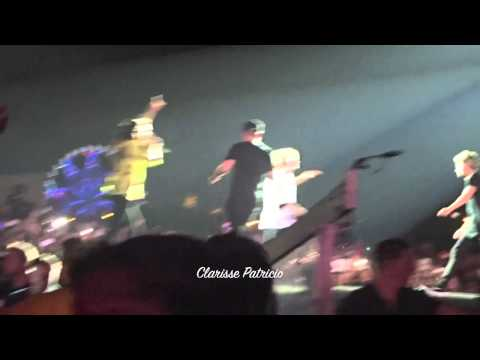 One Direction - Kiss You - Otra Manila 2015 3 21 video