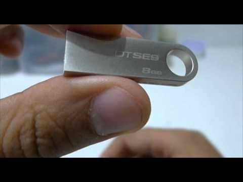 Kingston Data Traveler SE9 8GB USB Drive Unboxing