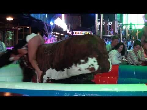 ☼ Magaluf 2014 | girl is rodeo bull riding and revealing her .....