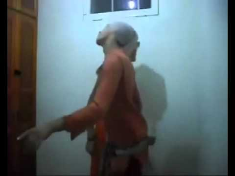 رقص رجال ساخن على انغام الشعبي المغربي thumbnail