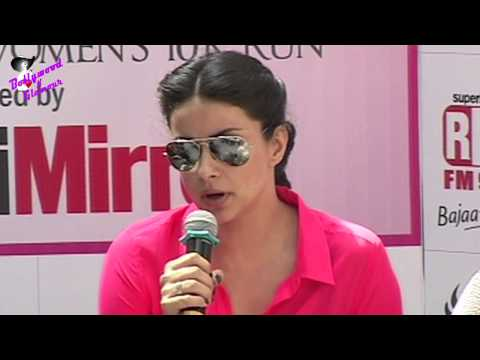 Gul Panag & Milind Soman At Breast Cancer  Awareness For Pinkathon Mumbai 2013 video