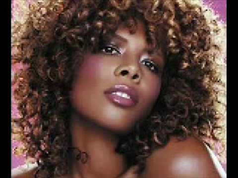 Kelis - Bossy (HQ)