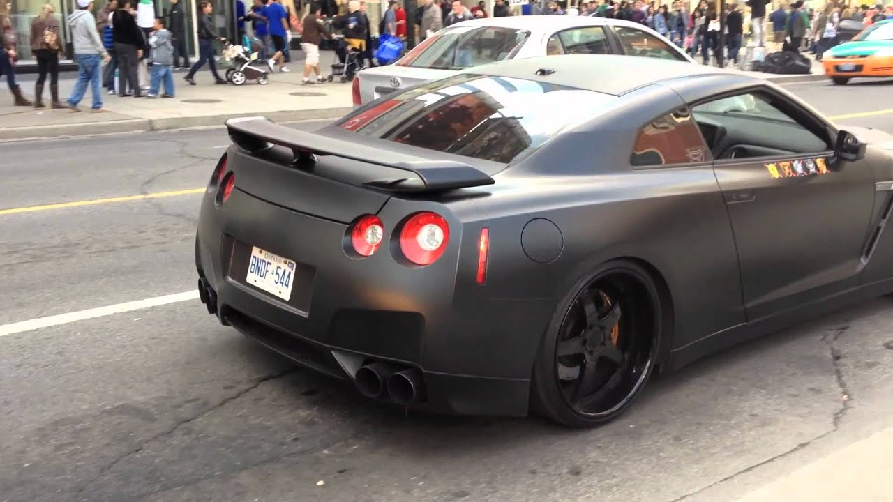 Godzilla Attacks: Matte Black Nissan GTR - YouTube