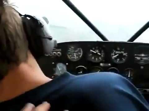 Пилот самолета поприкалывался над пассажиром Юмор! Прикол! Смех