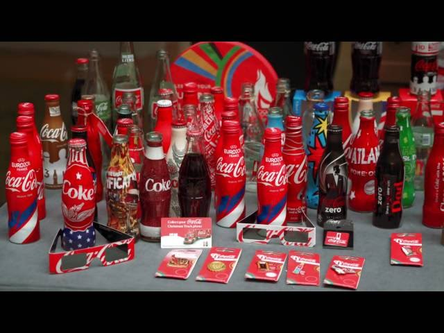 Rare Items From The Coca-Cola Collectors Fair in London