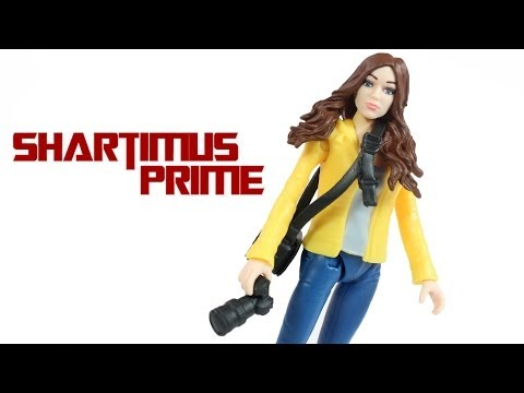 Ninja Turtles April O'Neil 2014 Movie Toy Basic Action Figure Review