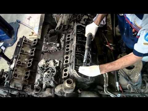 6.0 Liter Ford Powerstroke - LH Head Installation