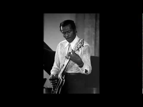 Chuck Berry - Right Off Rampart Street