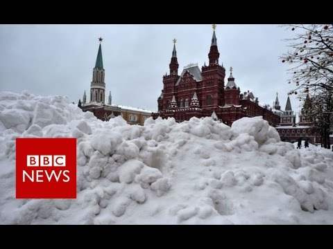 Cold War: How Moscow gets rid of snow - BBC News