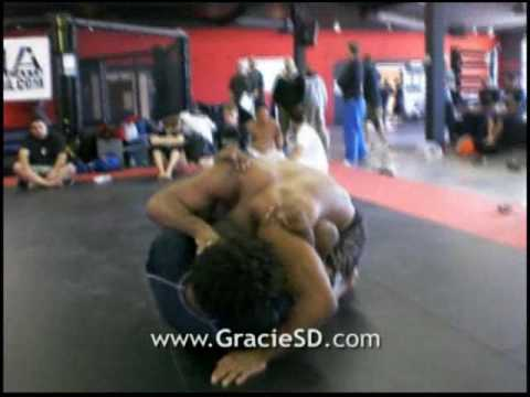 Jacare in San Diego with Omar de la Cruz - BJJ Gracie Jiu-Jitsu grappling Image 1