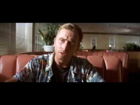 tim roth pulp fiction. quot;SCENA INIZIALEquot;-All#39;Hawthorne Grill, una piccola caffetteria nella periferia di Los Angeles, i due rapinatori Zucchino (Tim Roth) e Coniglietta (Amanda