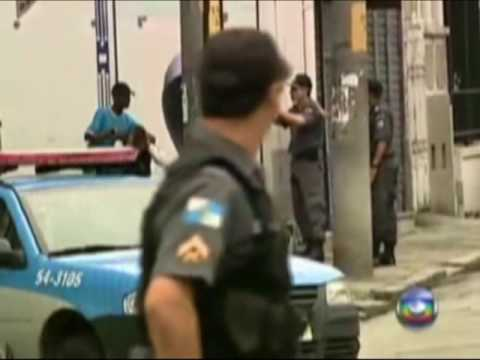 Policia mata bandido no Rio - ao vivo