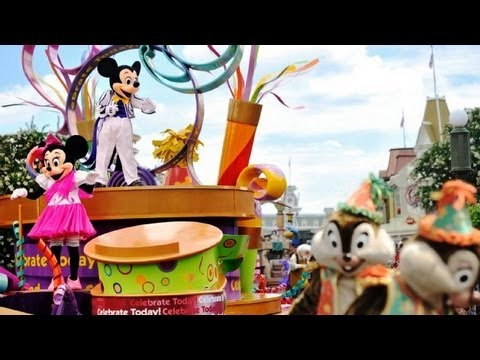 "♥♥ Walt Disney World's ""Celebrate A Dream Come True"" Parade (in HD)"