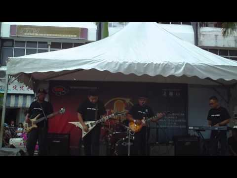 Pyred - Ambai Batang Mandai (live At Dewan Suarah, Sibu, 2013) video