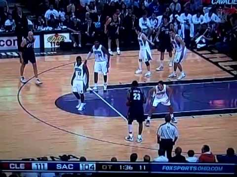 Zydrunas ilgauskas gets hot vs the KINGS in Overtime.